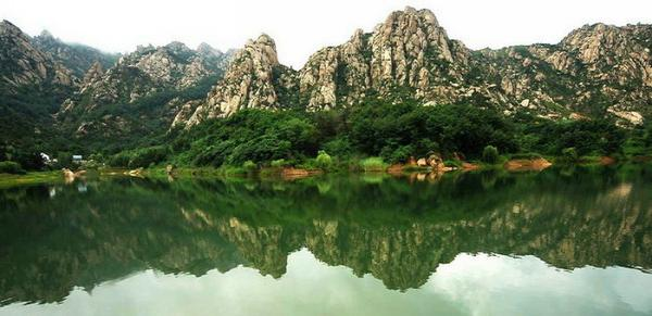 大珠山风景区成人票   【景 点简介】大珠山风景区位于山东省青岛市